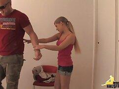 Madre enseña a hija a chupar videos xxx porno mexicanos Amateur.