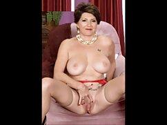 Su favorito, Alexei mexicanas lesbianas xxx chulkov, Fuma papel de seda.