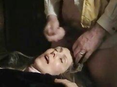 CFNM mujeres vestidas hombres desnudos: Peeping Babe mano putas mexicanas porn
