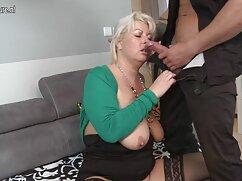Mujer con falda de duende necchar. sexo con suegra mexicana