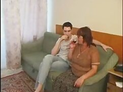 Reality Kings-anal penetrate in estudiante mexicana xxx threesome